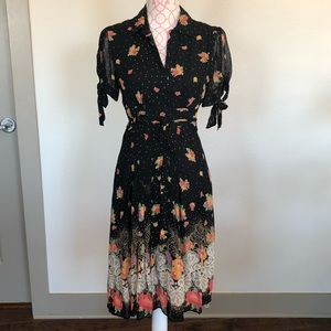 Dresses & Skirts - Vintage-inspired floral dress